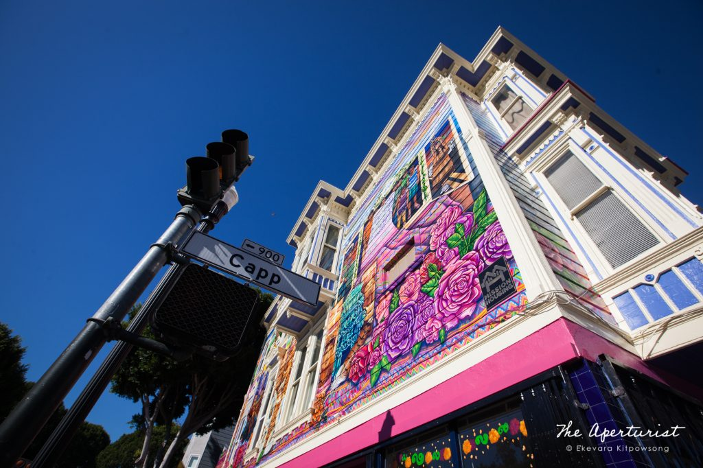 The Justice4Amilcar mural, Alto al Fuego en La Misón, was completed and unveiled at 24th and Capp streets on Sunday, Nov. 17, 2019, in Mission District, San Francisco. (Photo by Ekevara Kitpowsong/Current SF)