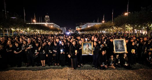 About 1,000 Thai mourners attend candlelight vigil in San Francisco to pay their respects to Thailand's late King Bhumibol Adulyadej
